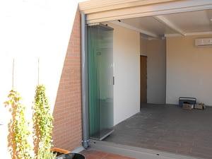 Ach Aluminios cerramientos aluminio y PVC Carpintería de aluminio y ventanas de PVC Cortinas de cristal