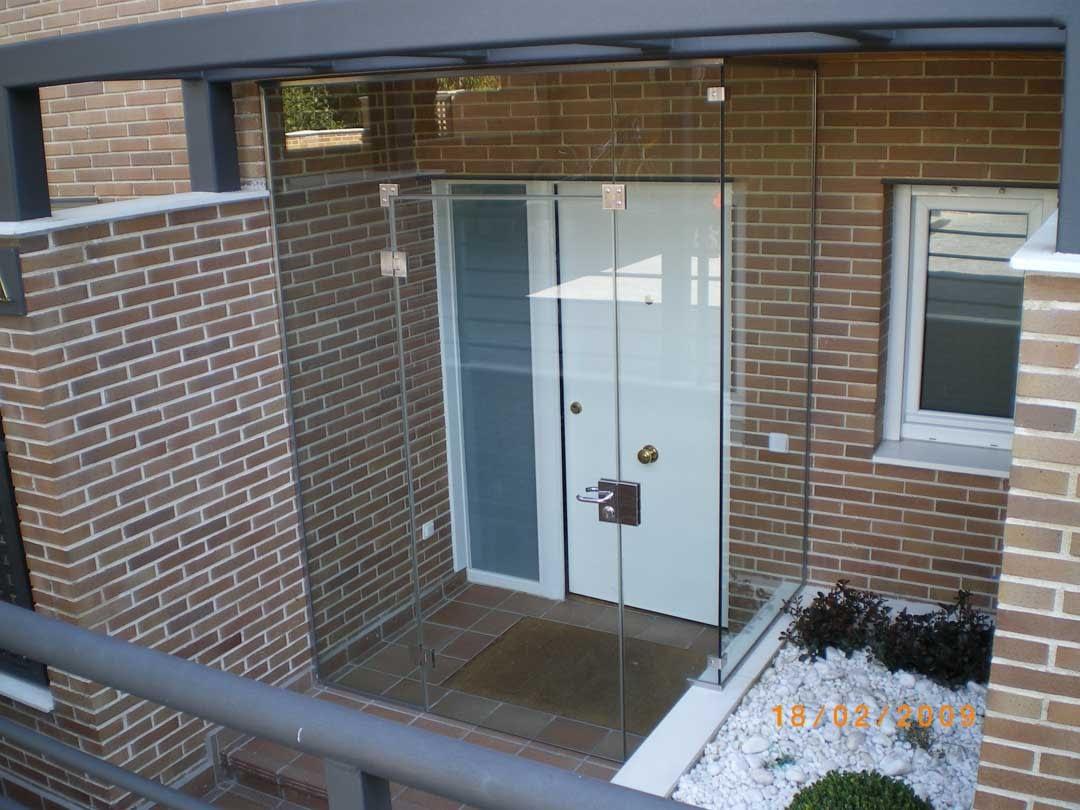 Ach Aluminios cerramientos aluminio y PVC Carpintería de aluminio y ventanas de PVC Puertas de cristal